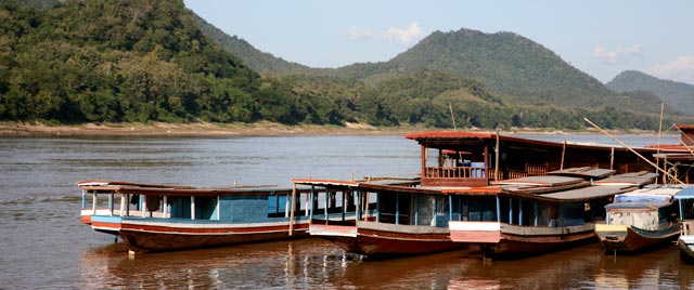 LAO--Mekong-at-Luang-Praban_0_29.jpg